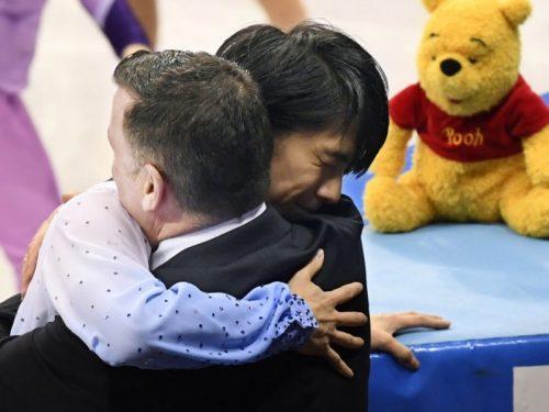 AsiaNewsより「怪我の後、多くの祈りに守られた羽生結弦がオリンピックで首位に立つ」