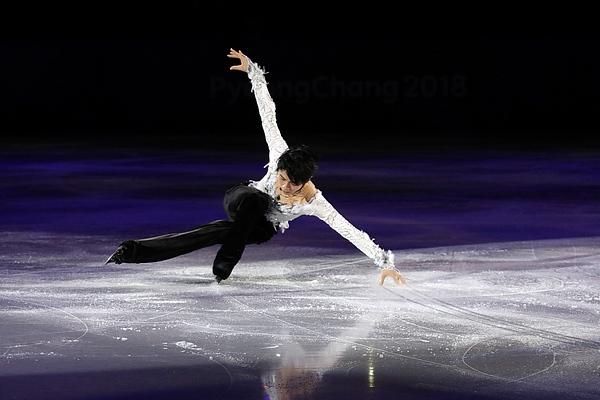 David W. Carmichael - http://davecskatingphoto.com/photos_2018_olympics_gala.html