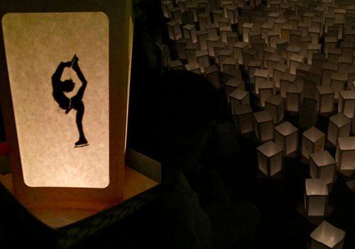 8月6日~ボローニャの灯篭流し「水上にユヅルへの願いと祈りを込めて」